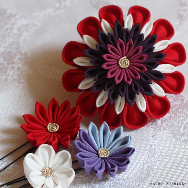 大輪の華、小花